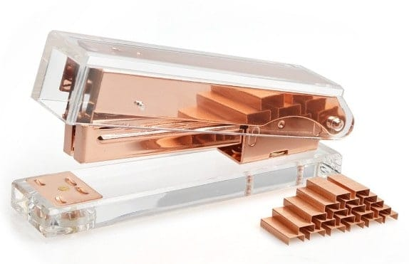 Rose gold staplers are PERFECT for a rose gold flat lay. Check out 33 dazzling rose gold props for flat lay photography!